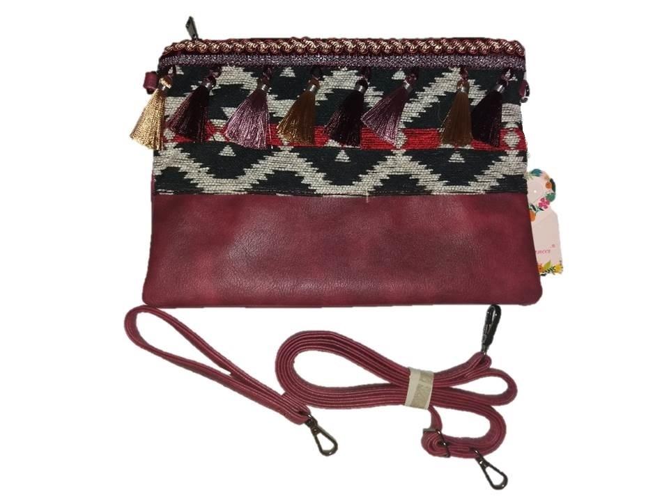 ea8a893505e Bolso de mano con adornos Granate - Tienda Online Yavay